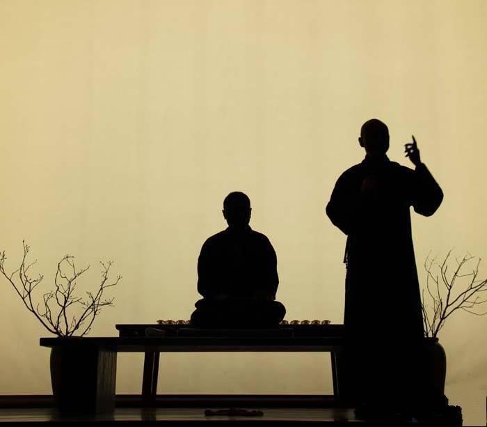 """20.佛教利用从属起源的智慧来观察宇宙的生命,并发现没有神在宇宙中占主导地位,也没有灵魂在众生中占主导地位。因此,佛教说:""""毕竟,没有主人,没有自我,也没有自我。"""""""